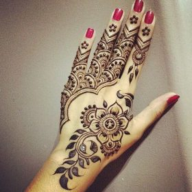 Beautiful pakistani mehndi design 2016-2017