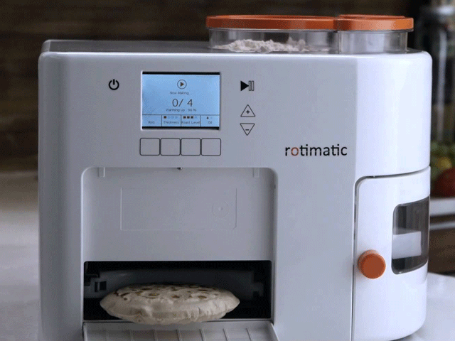 A robot prepared to make bread like nanbai